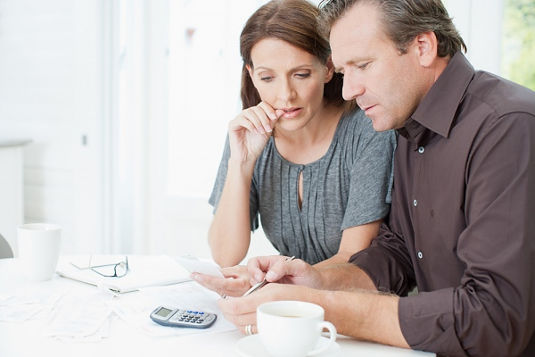 financial lies that guarantee divorce